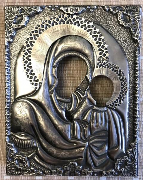 Оклад на Казанский образ Богородицы. Мельхиор, чеканка, гравировка